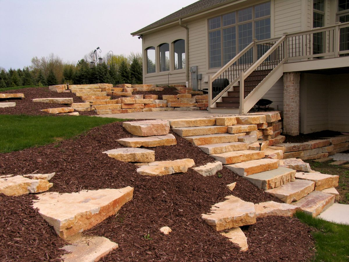Chilton Weatheredge Outcropping Steps 05