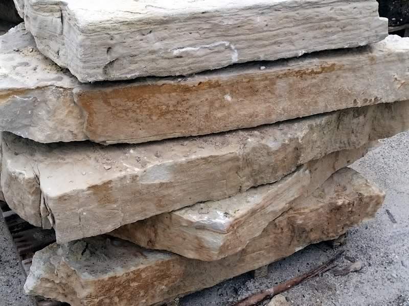 DC Weathered Edge Outcropping 800x600 (1)