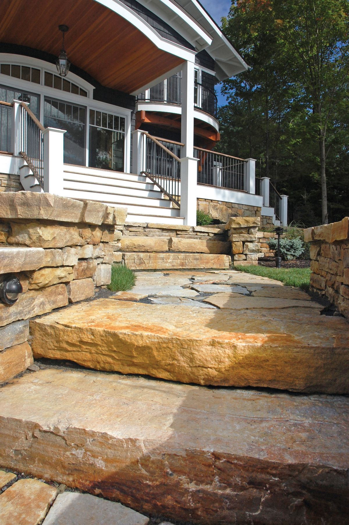 Outcropping South Bay Lurvey Landscape Supply
